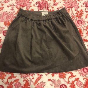 Aritzia / Wilfred suede mini skirt- worn once